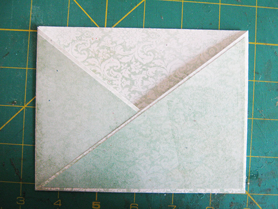 crisscross card pocket