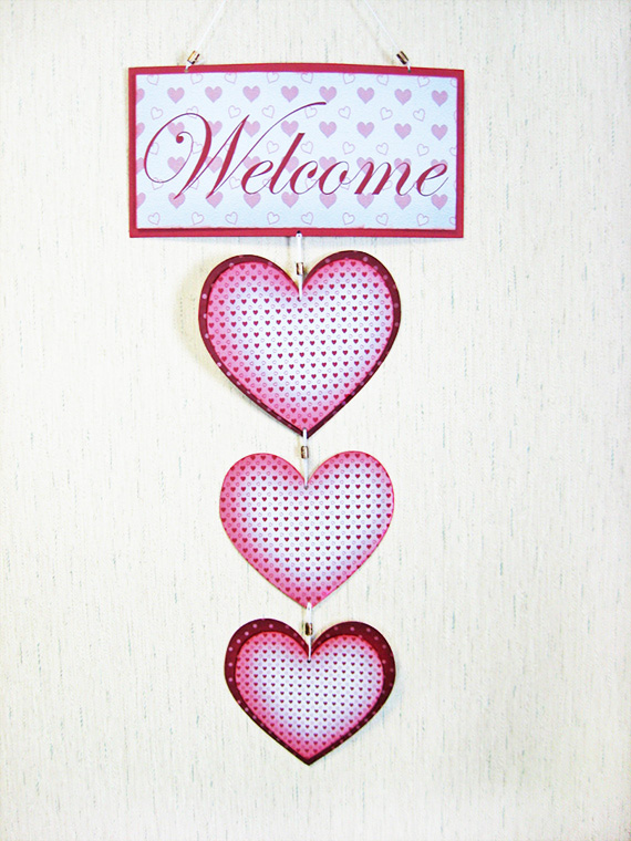 Valentines Hanging Hearts Wall Decor